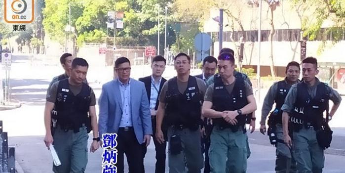 """一周内第二次 港警""""一哥""""赴香港理工大学巡视"""