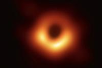 宇宙中最深不见底的黑洞的黑 怎么被人类眼球捕获?
