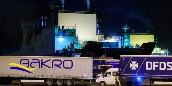 又一起 25名偷渡客藏身货轮冷藏柜欲前往英国