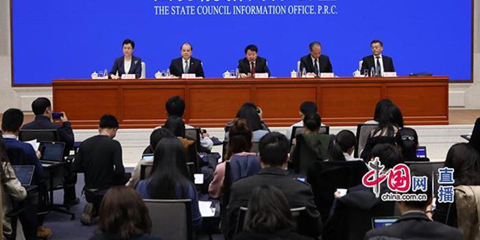 张建宗:香港投资1000亿港元助力大湾区国际科创建设