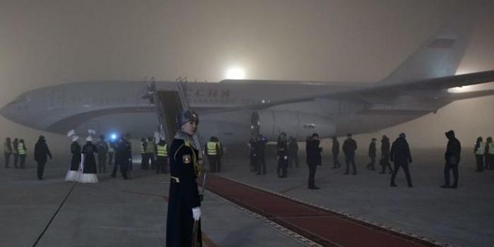 """艺高人胆大?大雾高湿条件下普京专机""""盲降""""机场"""