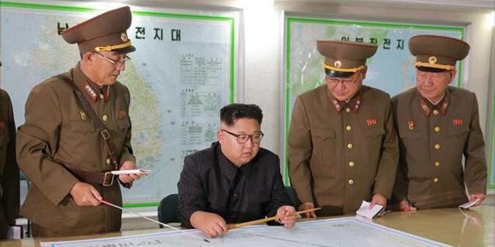 朝鲜战略军首任政委去世 金正恩送花圈悼念