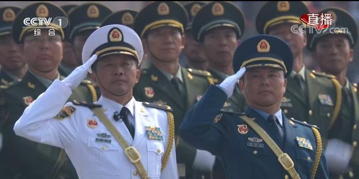 大阅兵亮点纷呈:参阅将军人数最多 装备全部国产