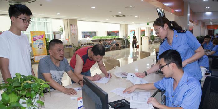 中国营商环境如何?上海90%审批事项实现一次办成