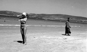 从长裙到比基尼!这些有故事老照片看美国泳装变化史