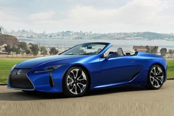 雷克薩斯LC敞篷版實拍曝光!搭V8引擎/明年開售