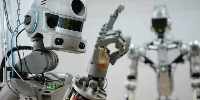 """""""终结者""""时代来临?俄军2025年组建作战机器人部队"""