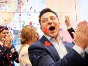 喜剧演员当选乌克兰总统 波罗申科承认落败:投票公平