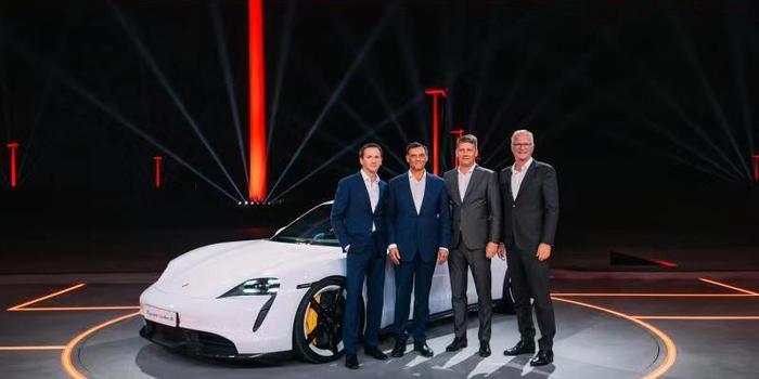 保时捷首款纯电跑车Taycan发布 149.8万元起