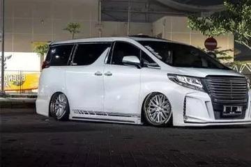 丰田埃尔法大改装,实木地板的铺设。进车如到家的感受!!!