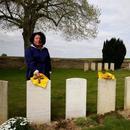 法國郊外的華工墓地,100年來都在等待親人的出現