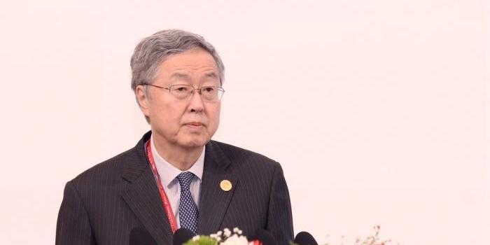 周小川:长期的通缩对全球政策形成前所未有的挑战