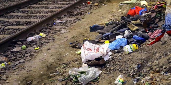 刚买15天的iPhone被抢 印度青年跳火车追贼身亡