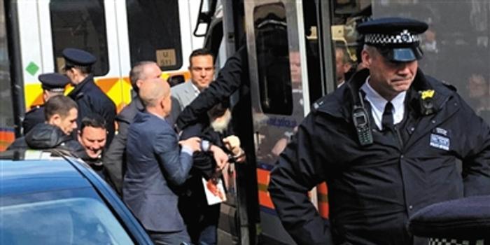 """阿桑奇或面临5年监禁 美国司法部指控其""""泄密"""""""