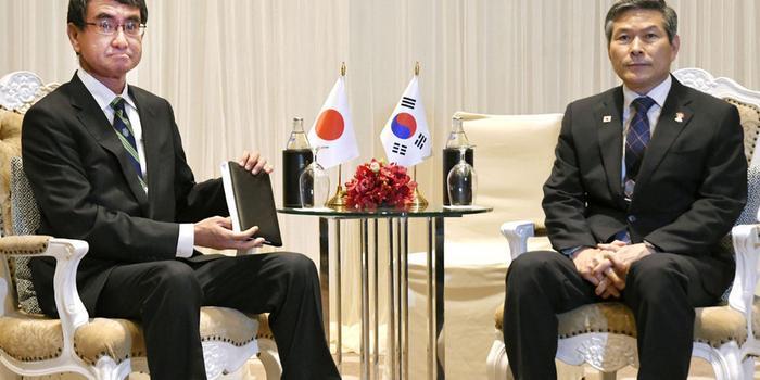 美通过决议敦促日韩恢复友好 日本网友:多管闲事
