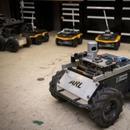 """美軍""""訓練""""機器人當戰友:衝鋒在前 自主找掩護"""
