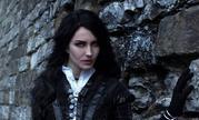 国外御姐Cos《巫师3》叶奈法 眼神犀利酷到没朋友