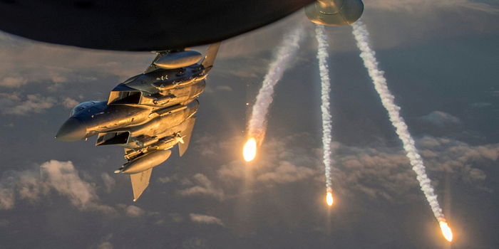 土耳其仆从武装靠近美军 美军派战斗机驱离