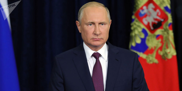 普京:俄将继续提高国防实力 同时全力推动裁军进程