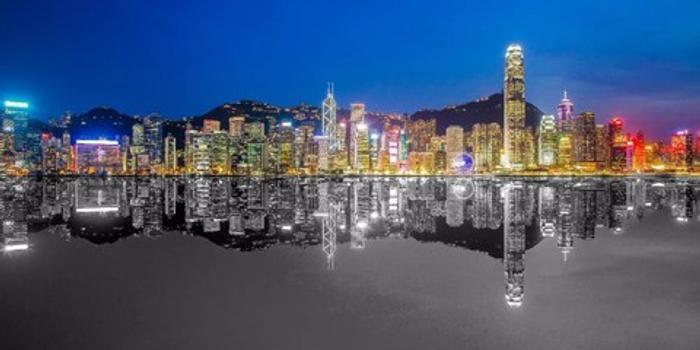 """香港""""三大家族""""表示""""捐地"""" 李嘉诚并未表态"""