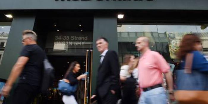 """美媒:麦当劳CEO因与员工恋爱""""丢饭碗"""""""