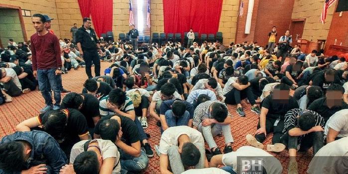 马来西亚破获最大中国公民电信诈骗 680人被捕