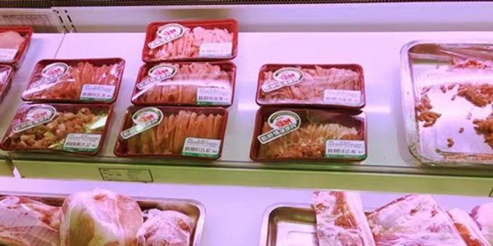 降了!上周瘦肉型白条猪肉出厂价环比跌9.6%