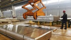 外媒称美钢铝重税对中国影响不大