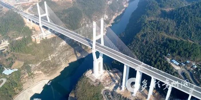"""g75兰海高速公路遵贵扩容工程,也就是大家常说的""""贵遵复线""""."""