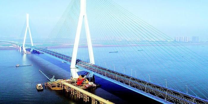沌口长江公路大桥通车 武汉城区到京港澳高速更方便了