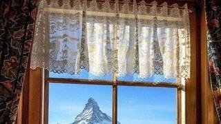 瑞士小镇,窗外风景如画