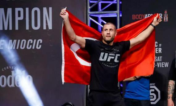 UFC伦敦赛公布焦点对阵 踢拳传奇萨基出战萨法罗夫