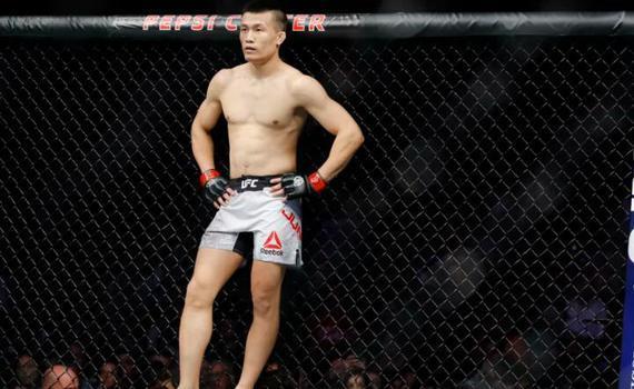 """""""韩国僵尸""""郑赞盛:我比霍洛威更配得上去挑战冠军"""