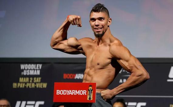 盖斯特鲁姆UFC244对阵提尔 安德森战巴西新秀沃克尔