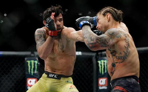 UFC格斗之夜164新增热门对阵 前冠军巴罗奥再战羽量级