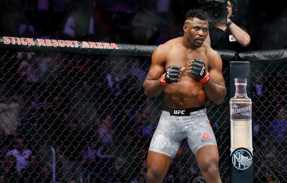 纳干诺VS桑托斯重量级对决UFC239开战 胜者或拿挑战权