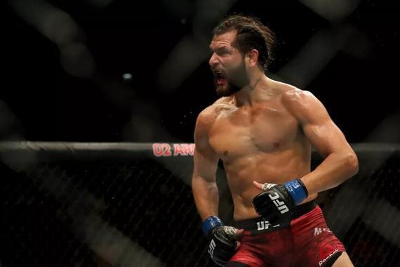 UFC格斗之夜147综述:马斯威达尔一击KO逆转提尔