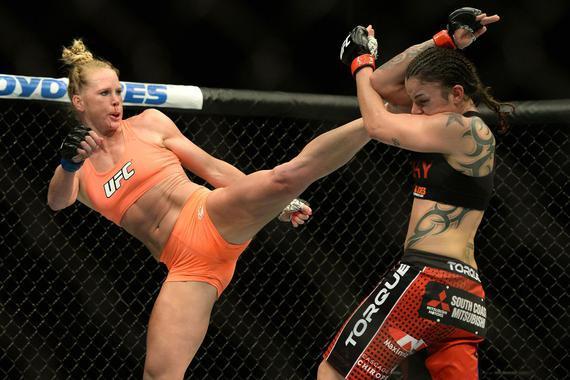 霍尔姆在UFC首秀中判定战胜过佩宁顿