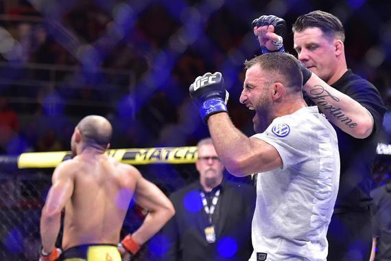 """沃尔卡诺夫斯基:霍洛威的""""神佑时代""""将在UFC245终结"""