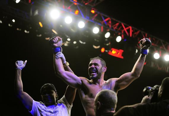 小牛头人UFC237回归对决斯潘 科雷娅时隔4年再登场