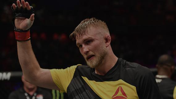 古斯塔夫森VS史密斯轻重对决领衔UFC斯德哥尔摩赛