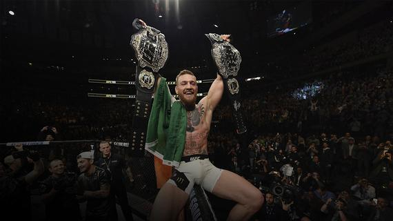 康纳-麦格雷戈是UFC历史上首位同时持有双量级冠军的选手