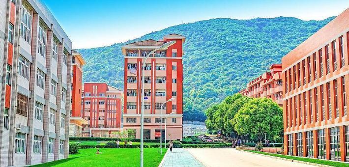 太湖学院入选全国党建特色基地