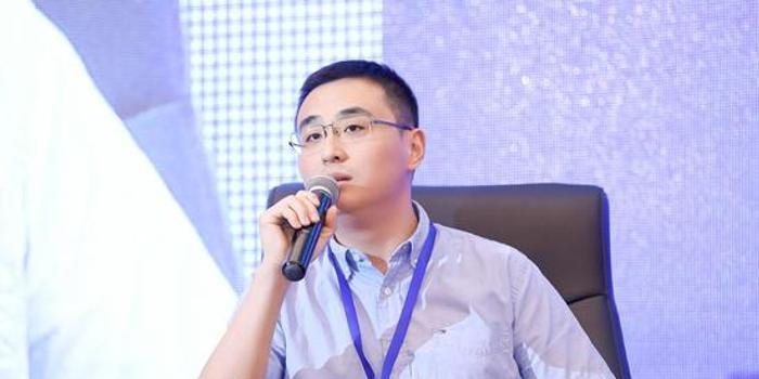李寧坤出席第14屆歐美同學會北京論壇