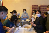浙江省第一批馳援武漢醫療隊的身后 有位后勤土豪哥
