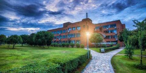 美爆!盘点浙江10所美丽的大学