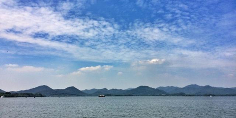 风雨过后杭州又见西湖蓝