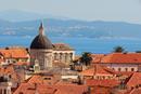 欧洲人的度假胜地:美食美景 裸晒跳海 一样都不少
