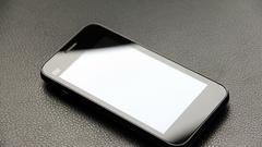 支持双3G制式 小米手机电信首发纪念版试用