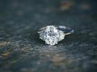重要的订婚钻戒一颗钻石怎么够